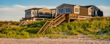 Featured image - Dreaming of an Ocean Front Lifestyle? Tips to Get You There