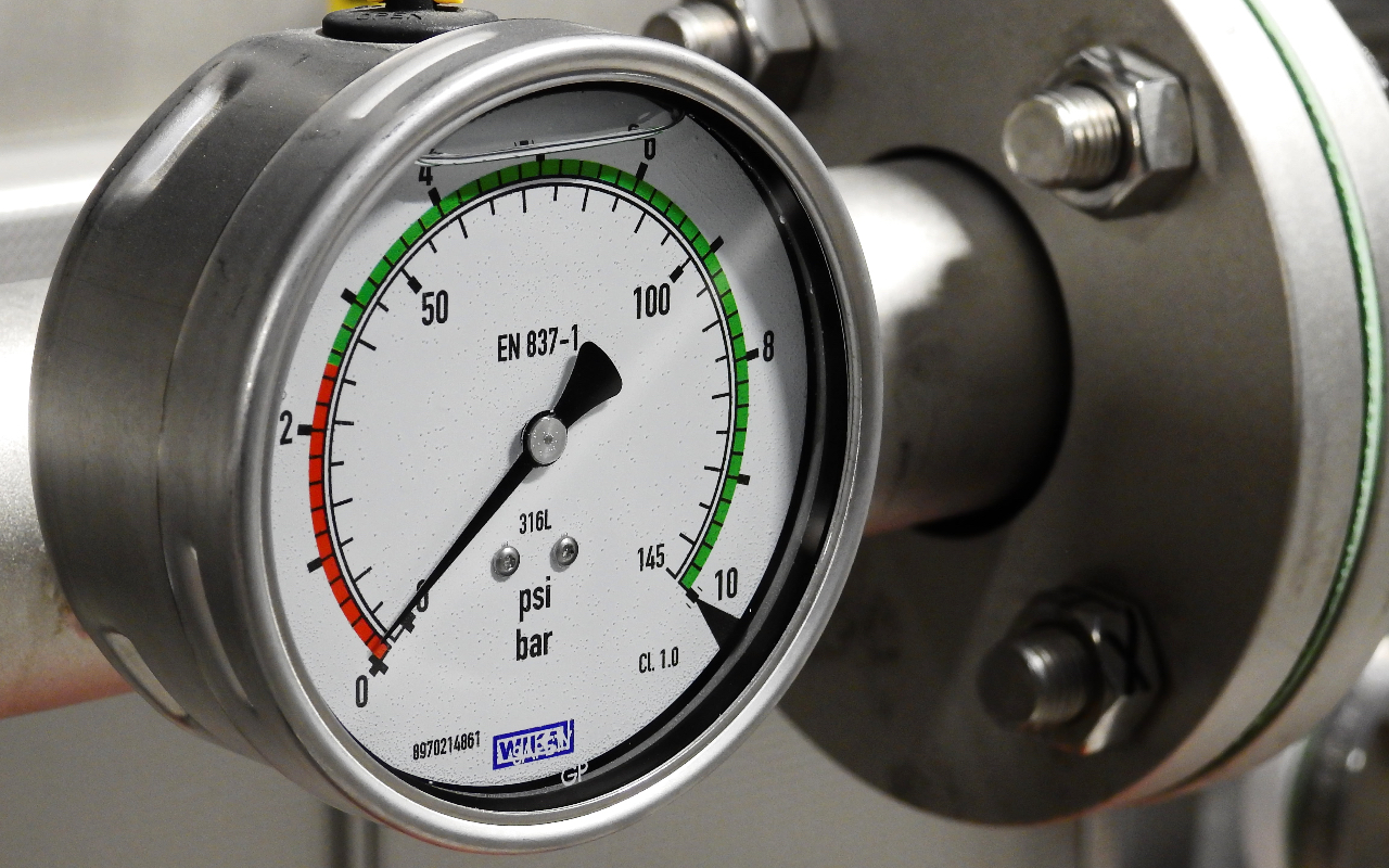 image - What Should the Pool Filter Pressure Gauge Read