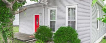 Featured image - The Ultimate Guide on How to Clean House Siding Effectively
