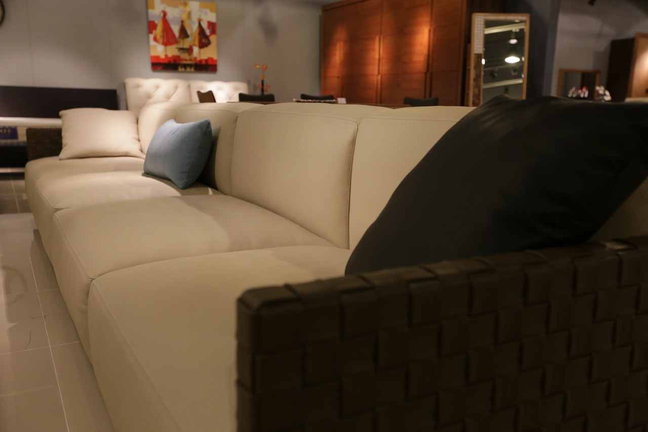 image - Tips on Choosing a Luxurious Sofa for Your Living Room