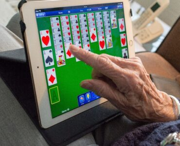 Featured image - Types of Solitaire Card Games You Will Enjoy Playing
