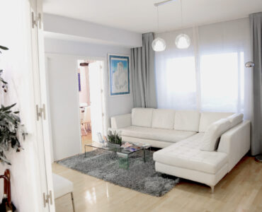Featured image - What is Sectional Sofa