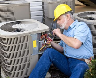 featured image - How to Find a Licensed HVAC Specialist