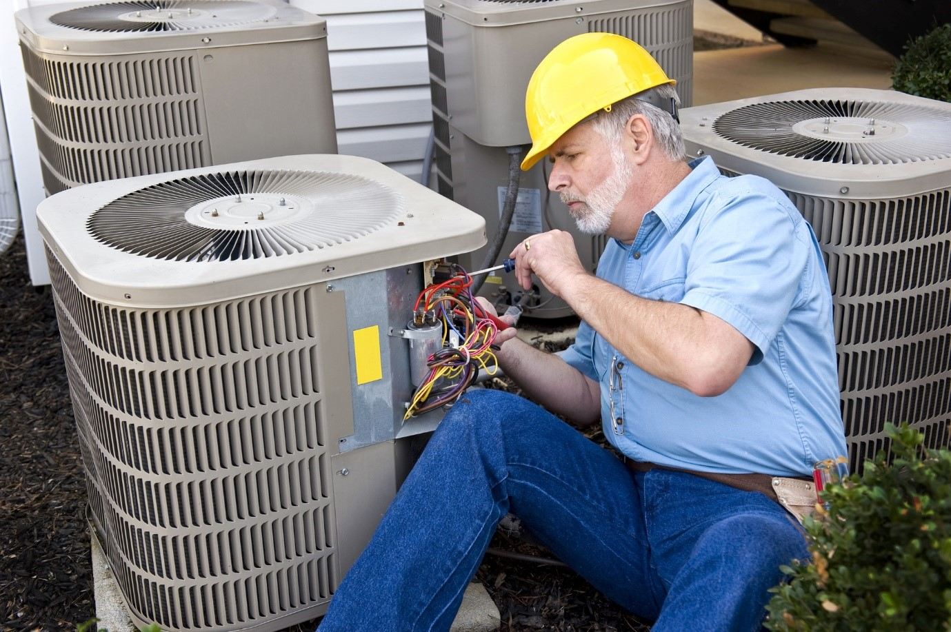 How to Find a Licensed HVAC Specialist