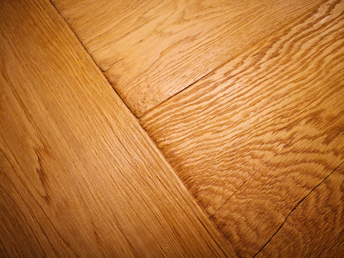 Image - The Differences Between Wood and Laminate Flooring