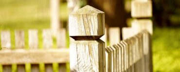 Featured image - Factors to Consider When Choosing a Fence for Your Yard