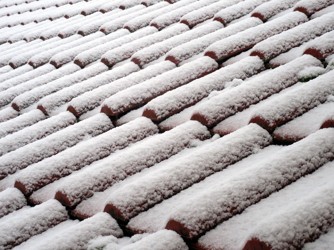 image - How to Replace Your Roof in Winter