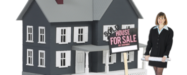 featured image - 5 Tips on How to Sell A House Quickly