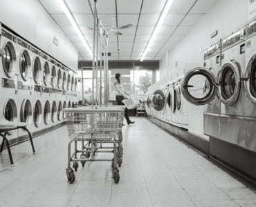 featured image - 4 Convenience Features Every Laundromat in Melbourne Should Have