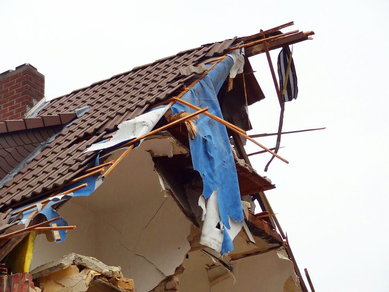 image - 4 Reasons to Replace Your Storm Damaged Roof