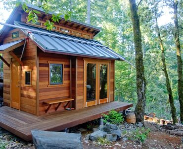 featured image - 5 Reasons Why Mostly People Live In Tiny Houses