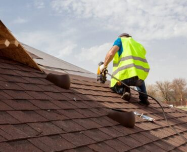 featured image - 5 Crucial Steps for Choosing the Best Roofing Contractors in Texas