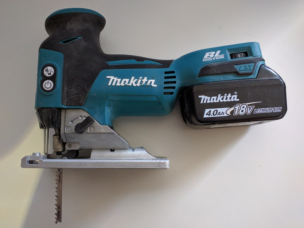 image - The 5 Best Cordless Jigsaws