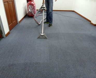featured image - Hiring a Carpet Cleaning Company in the UK