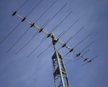 featured image - How Do I Find Residential Tv Antenna Installers Near Me