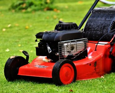 featured image - Overview of Lawn Mower Types - Their Advantages and Disadvantages