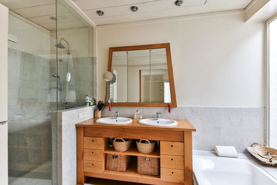 image - Tips to Help You Choose the Best Bathroom Mirrors for Your Place