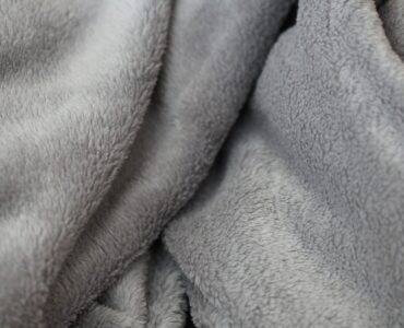 featured image - What Are Weighted Blankets and What Factors to Considers Before Buying One