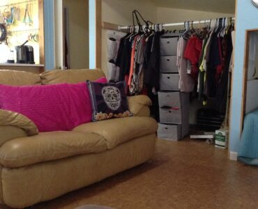 Featured image - 3 Brilliant Tricks to Declutter Your Home