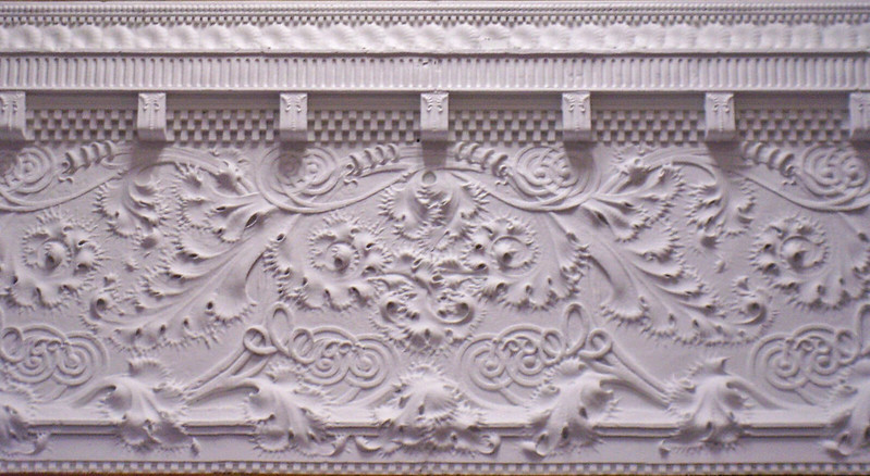 5 Types of Ornamental Plaster You Should Have on Your Ceiling or Walls