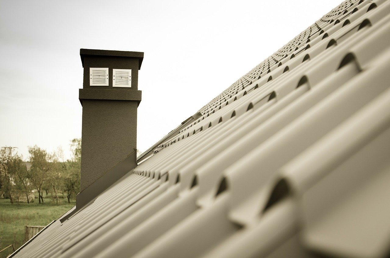 image - 6 Factors to Consider When Choosing Roofing Companies