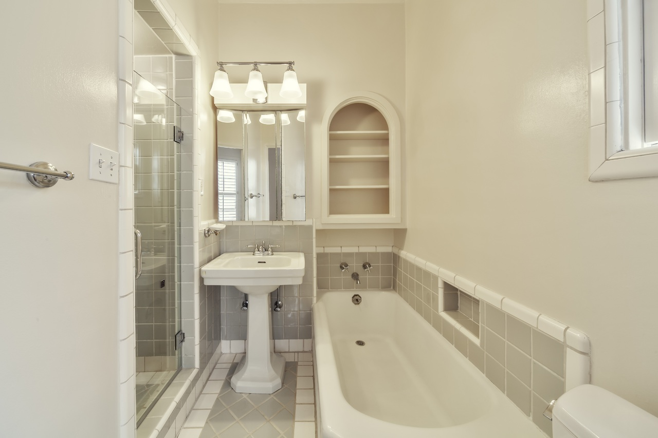 image - 9 Tips to Turn Your Bathroom into a Place of Luxury