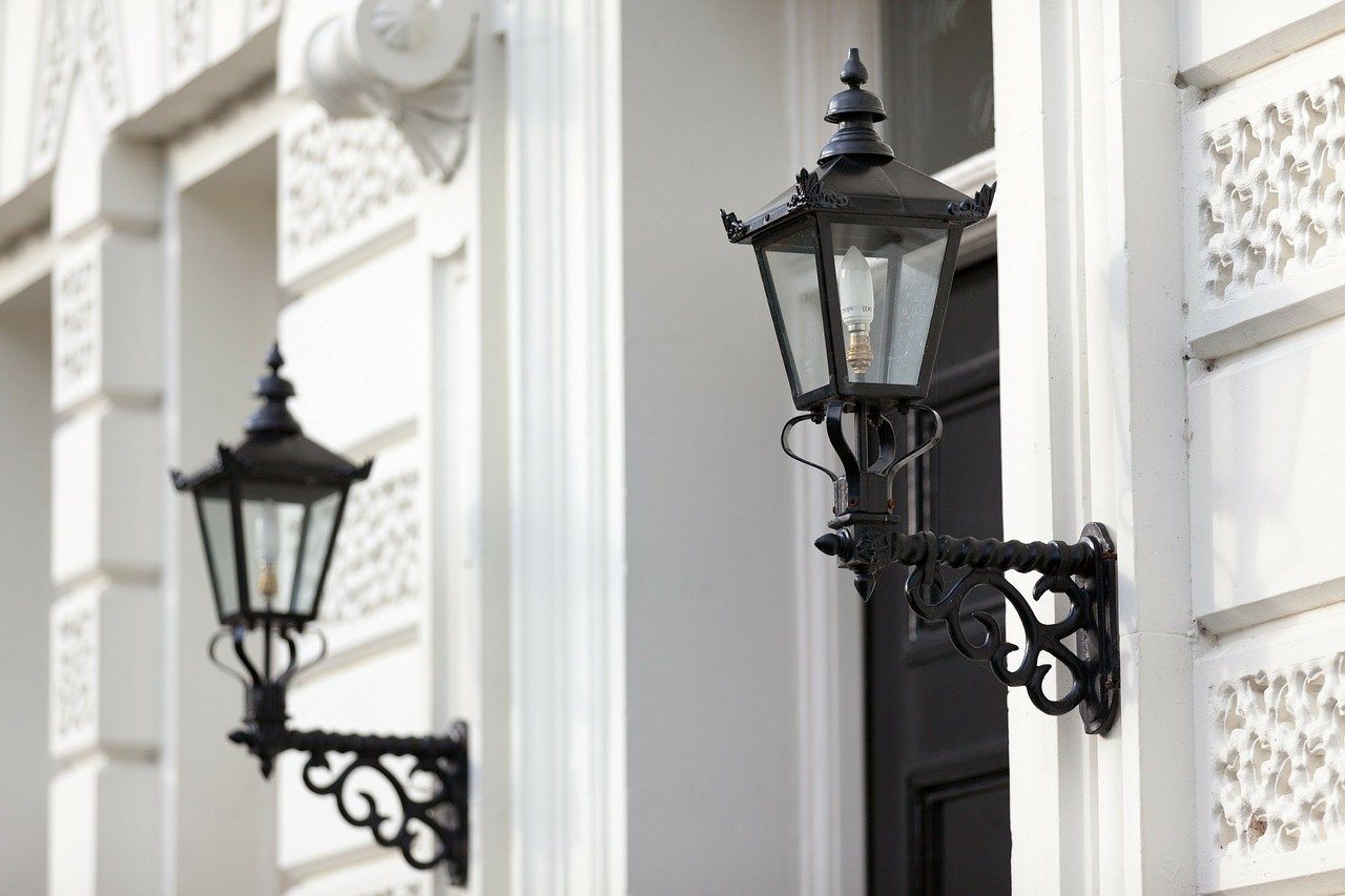 image - How to Choose the Perfect Exterior Light Fixtures