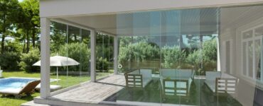 Featured image - How to Create Seamless Sliding Glass Walls for Modernist Architecture