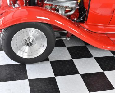 featured image - The Different Types of Garage Floors for Your Home