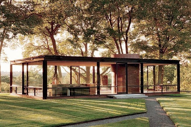 image - Philip Johnson's Glass House, America