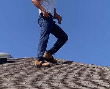 featured image - Three Reasons to Hire an Expert Roof Inspector