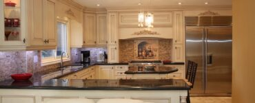 featured image - Top 5 Questions to Ask Your Contractor Before Starting Your Kitchen Remodeling Project