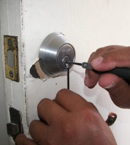 featured image - What Should I Do If I Locked Myself Out of My House