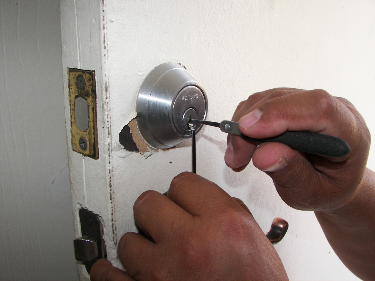 image - What Should I Do If I Locked Myself Out of My House
