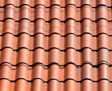 featured image - 3 Signs It's Time for a New Roof