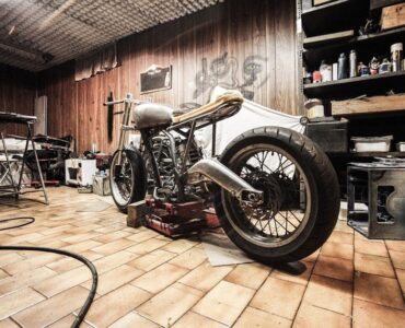 Featured image - 4 Essential Tips for Keeping Your Garage in Top Shape