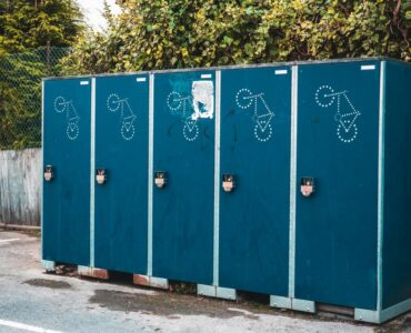 featured image - Benefits of Having a Portaloo On Rent During Construction