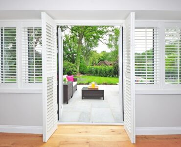 featured image - How to Choose the Best Type of Plantation Shutters for Your Home