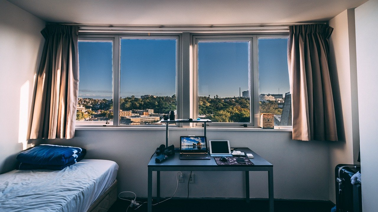 image - How to Transform Your Dorm Room into Productive Study Space