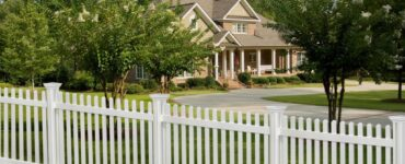 featured image - Landscape Design How to Incorporate Front Yard Fences