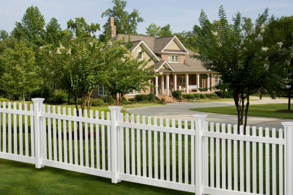 image - Landscape Design How to Incorporate Front Yard Fences