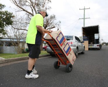 Featured image - Things to Avoid When Hiring a Mover Company