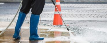 featured image - What Are the Advantages of Hiring A Post-Construction Cleaning Service?