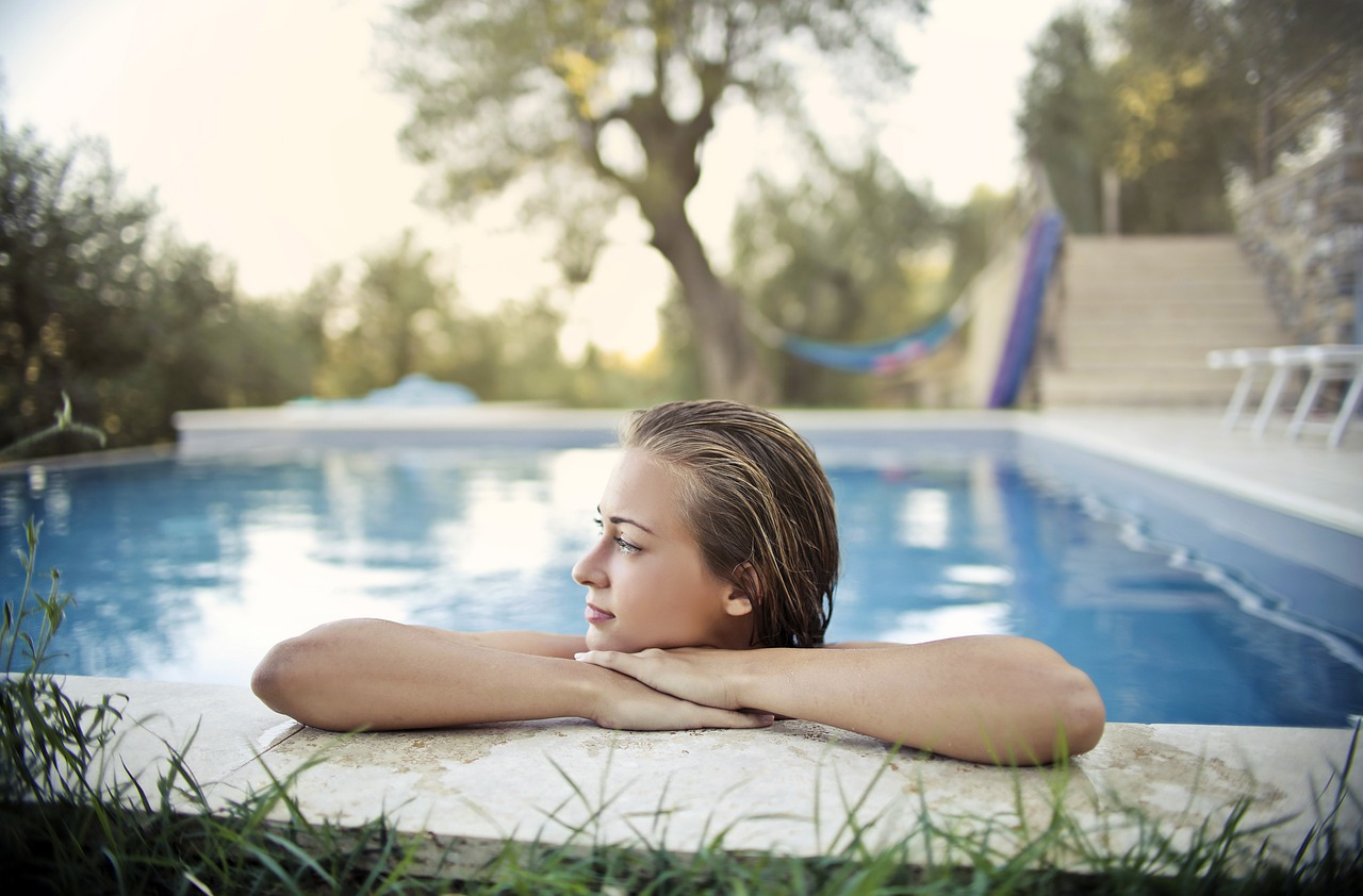 image - What to Expect from a Professional Pool Cleaning Service