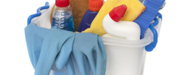 featured image - Simple Spring-Cleaning Hacks to Declutter in No Time