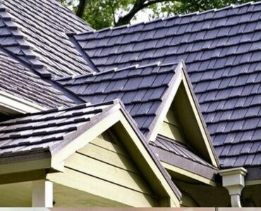 featured image - Tips to Maintain a Healthy Roof