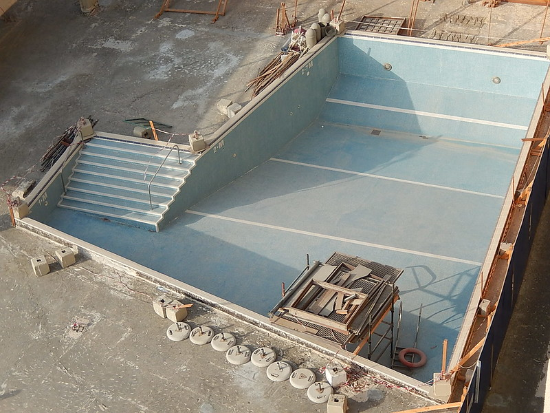 image - 5 Major Signs That You Need a Swimming Pool Repair