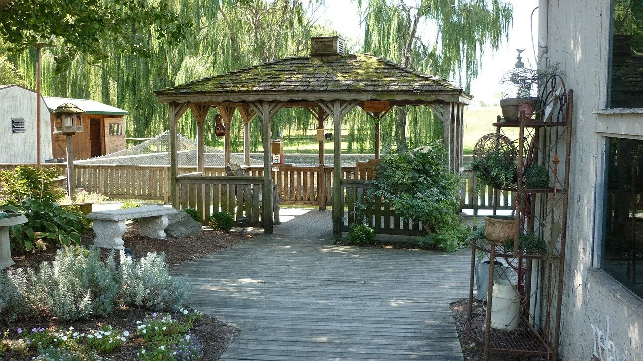 image - 6 Reasons Why You Should Hire A Landscaping Contractor