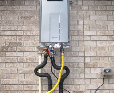 featured image - 8 Ways Your Gas Hot Water Heater Can Work More Efficiently