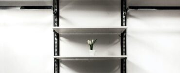 Featured image - How to Style Shelves: 5 Secret Ideas to Get you Started